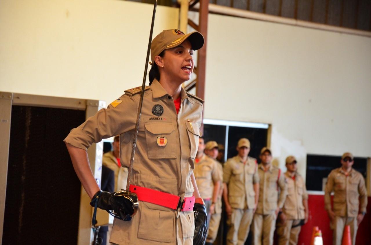 1º BBM: tenente-coronel Andreya assume comando e destaca qualificação e cuidados com a tropa, seus maiores desafios