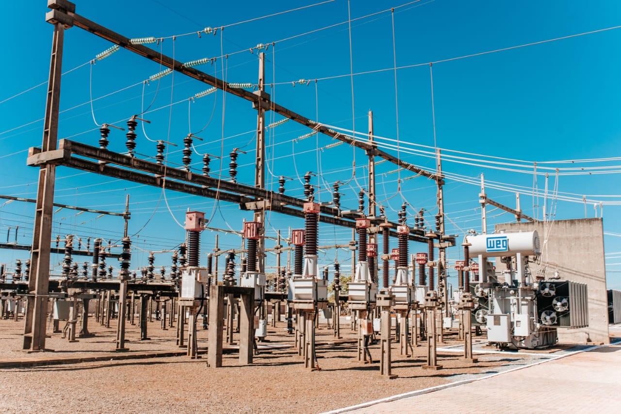 Sobrecarga de energia compromete a segurança da população e fornecimento do serviço
