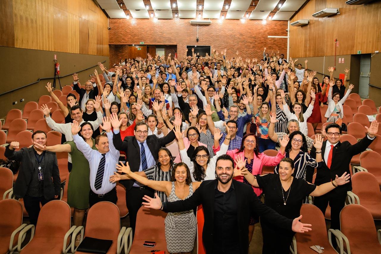 Interatividade, confiança na parceria rumo ao sucesso e felicidade ao se vestir bem marcam abertura do dia especial para os servidores do TJTO