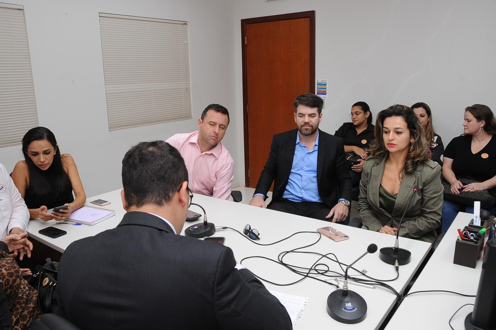 Órgãos de controle cobram posicionamento sobre número de profissionais nos hospitais públicos do Tocantins