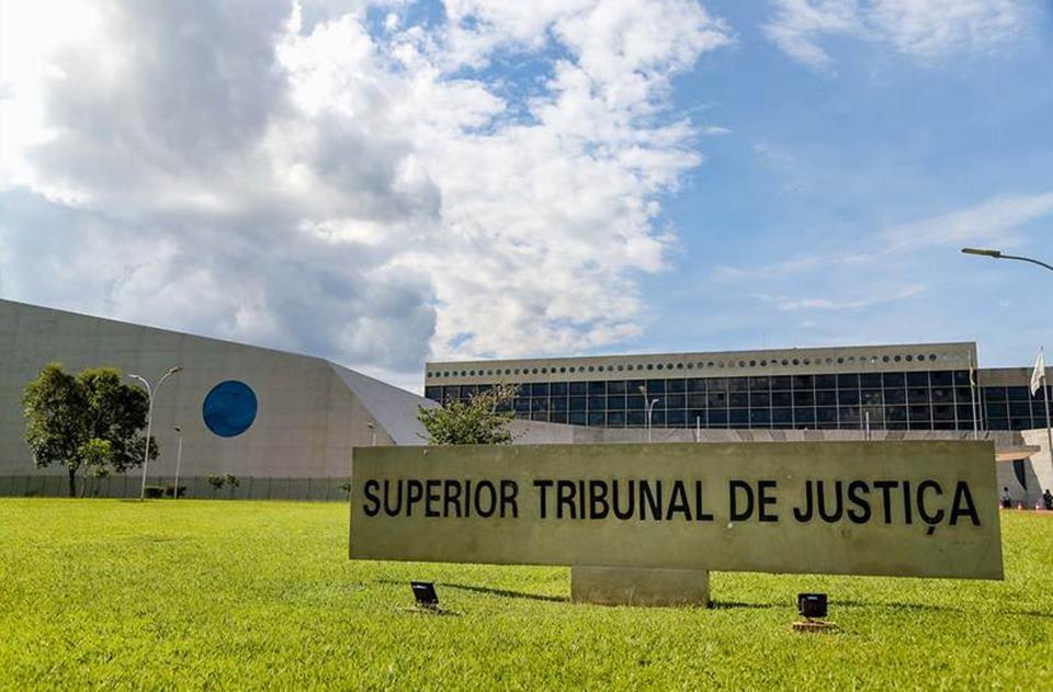 STJ dá 48h para autoridades do Amazonas se explicarem sobre oxigênio