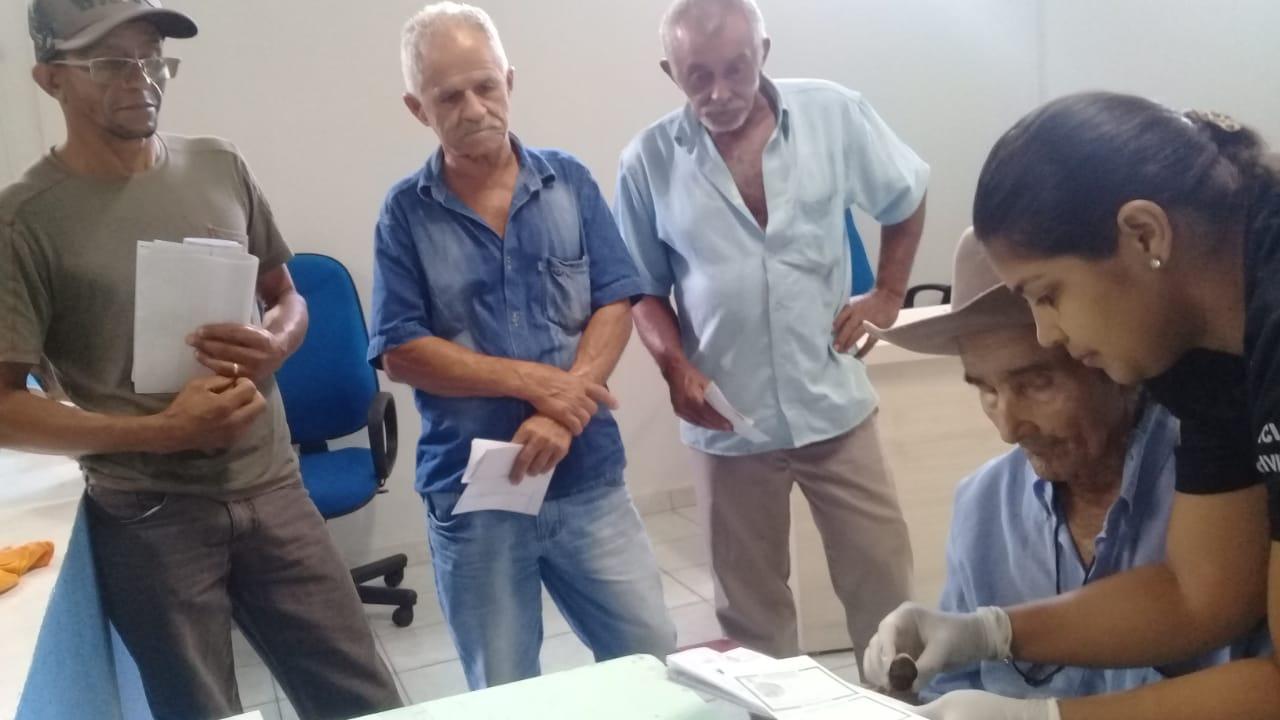Banca Itinerante do Instituto de Identificação realiza dezenas de atendimentos em Pindorama