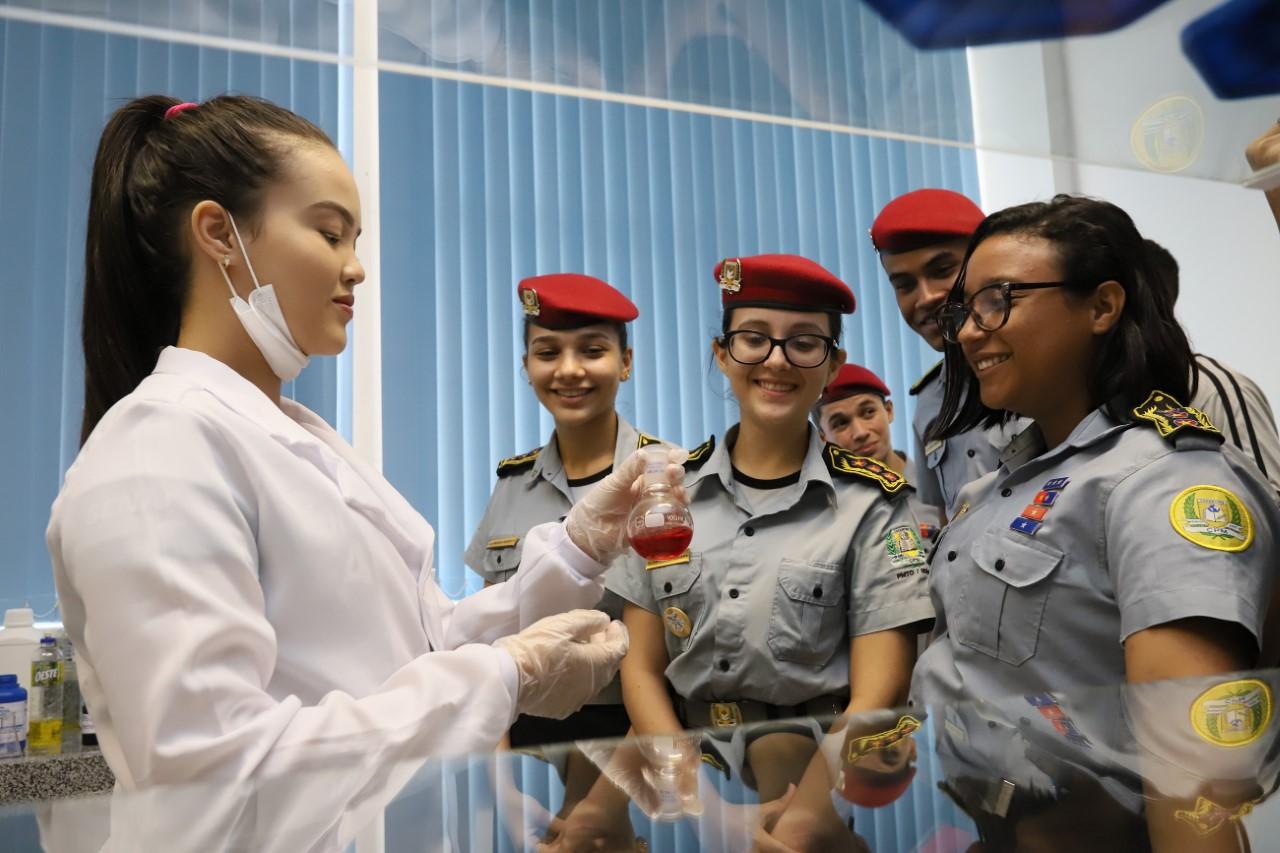 SENAI inscreve em simpósio gratuito sobre química forense em Palmas; evento acontece dia 11/12