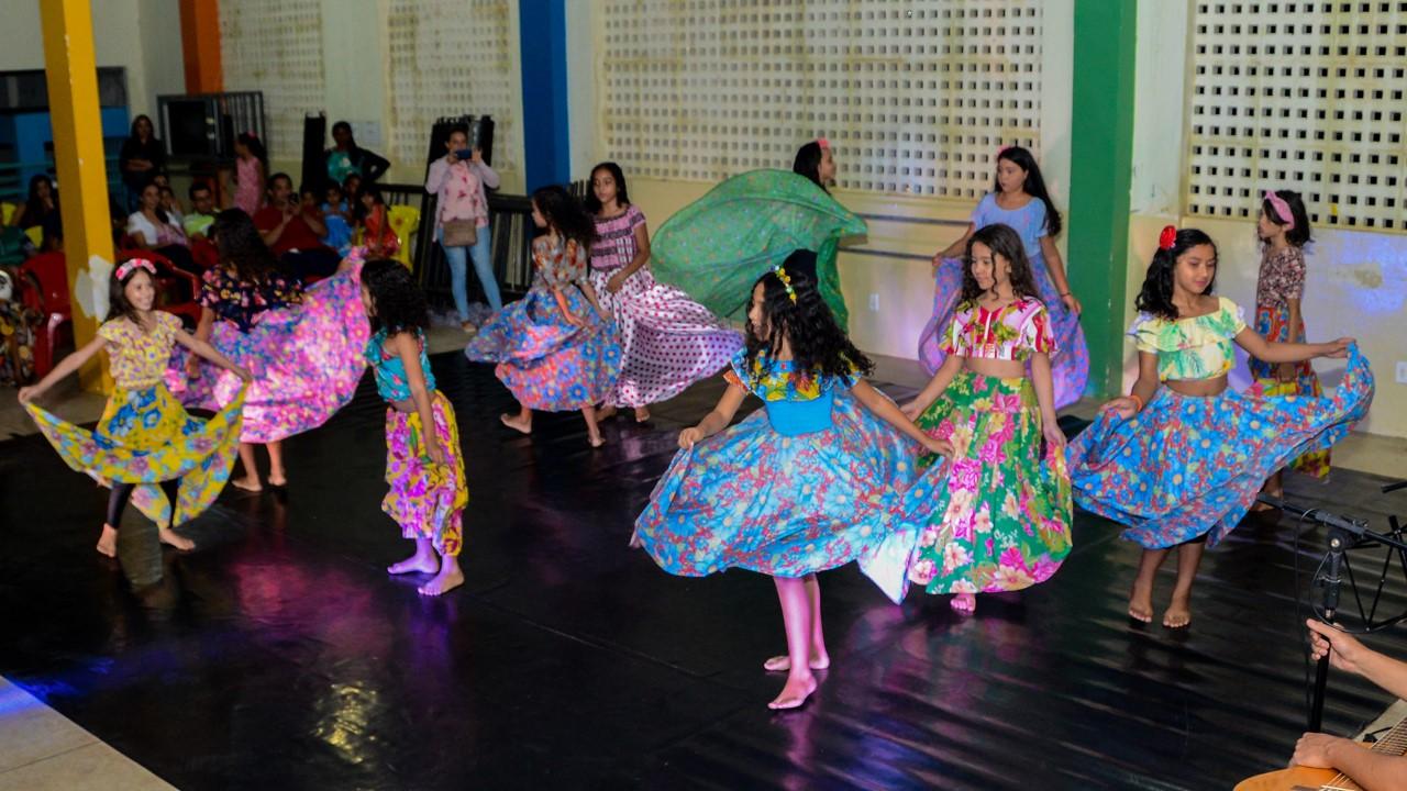 Alunos da Casa de Cultura professora Maria dos Reis demonstram talento em Mostra Didática de encerramento do semestre