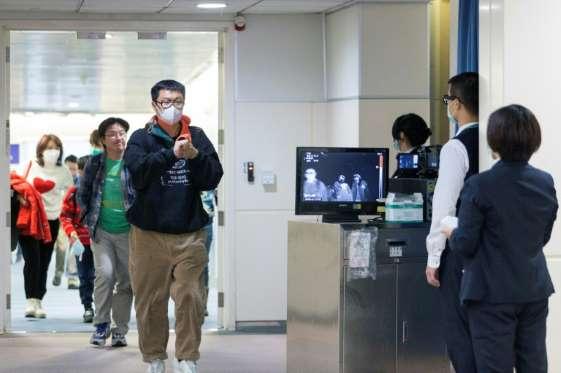 Coronavírus na China provoca nove mortes e já tem 400 casos