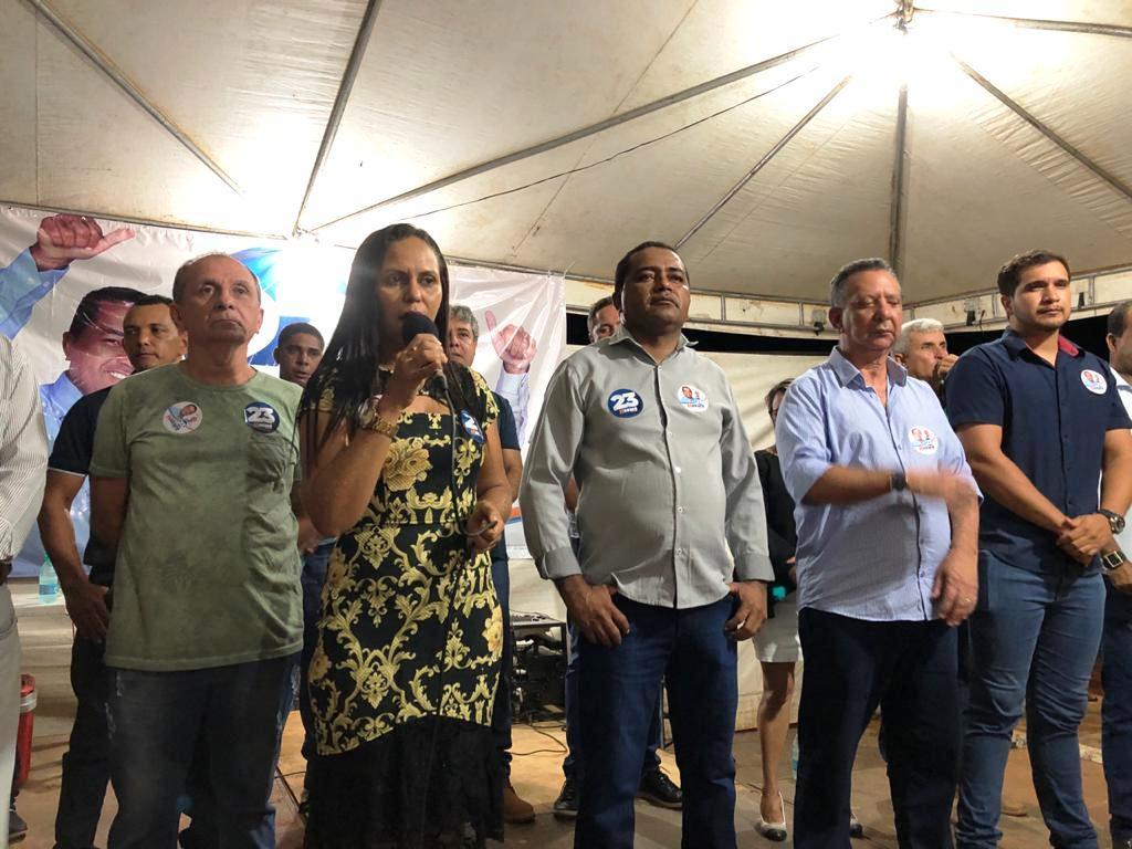 Com o presidente  da AL, Toinho Andrade, lideranças do MDB e casa cheia, Nazaré abre campanha à eleição suplementar para prefeito, em Pugmil