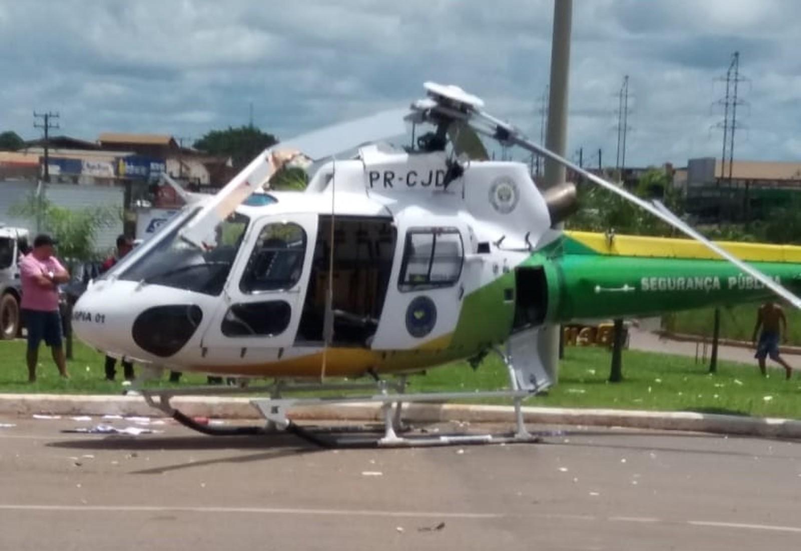 Hélice de helicóptero do Ciopaer bate em caminhão ao iniciar decolagem em Rio Branco