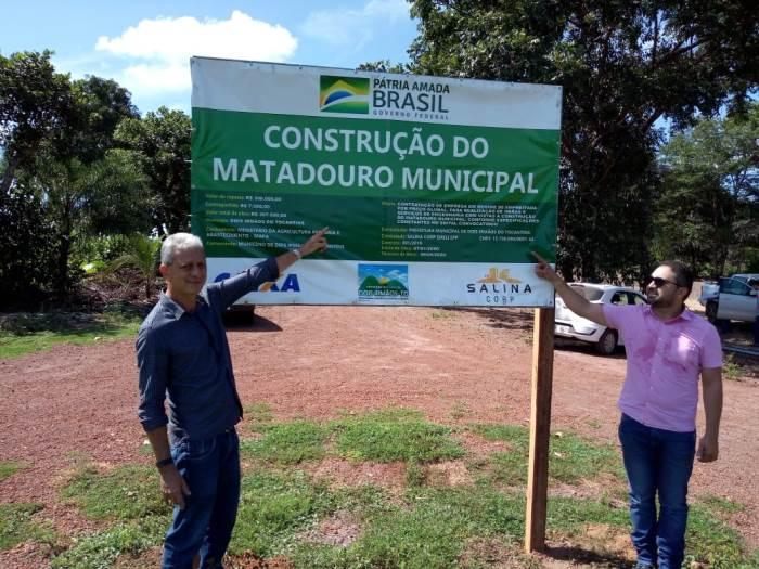 Prefeitura de Dois Irmãos inicia construção do matadouro municipal