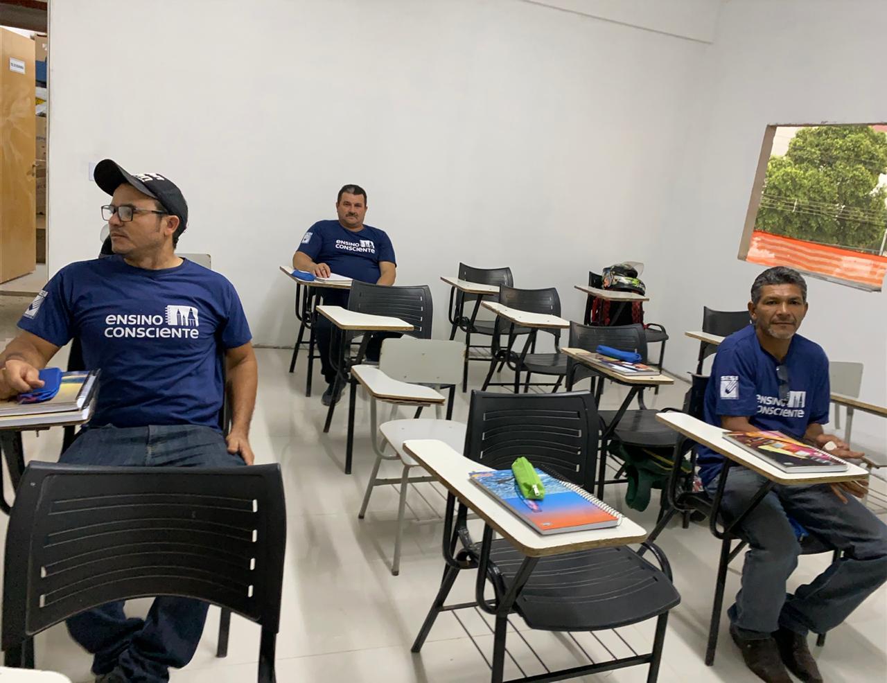 Escola na obra ajuda trabalhadores a alcançar o sonho de mudança de vida