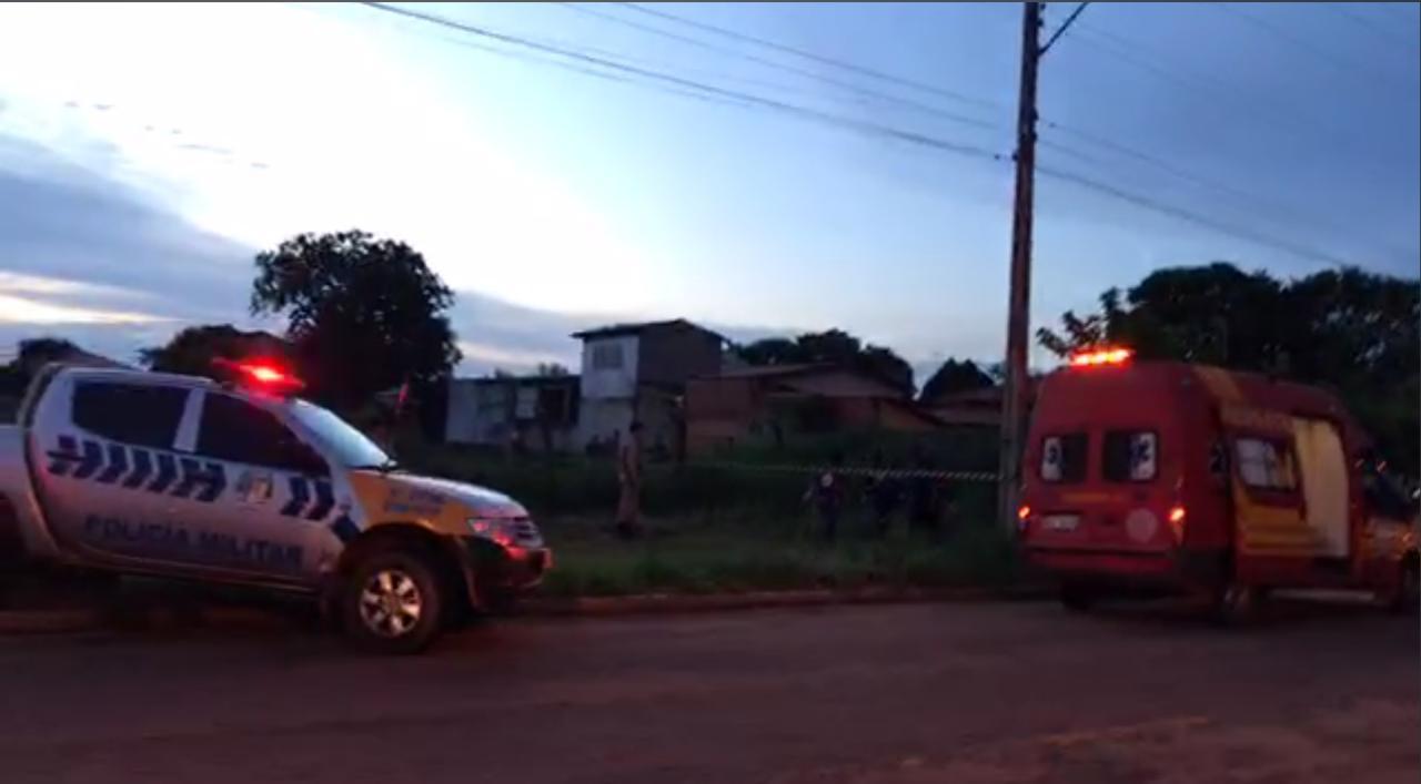 Suspeito de assalto morre após confronto com PM no centro de Palmas; tiroteio assustou moradores