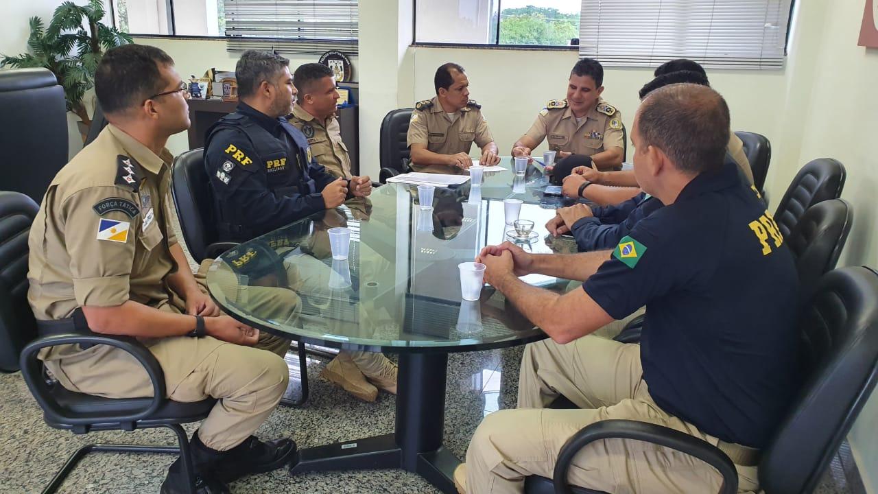PRF e Polícia Militar do Tocantins tratam sobre parceria para fiscalização na malha rodoviária
