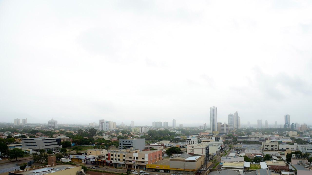 Mais de 100 mm de chuva são registrados em menos 24 horas na Capital