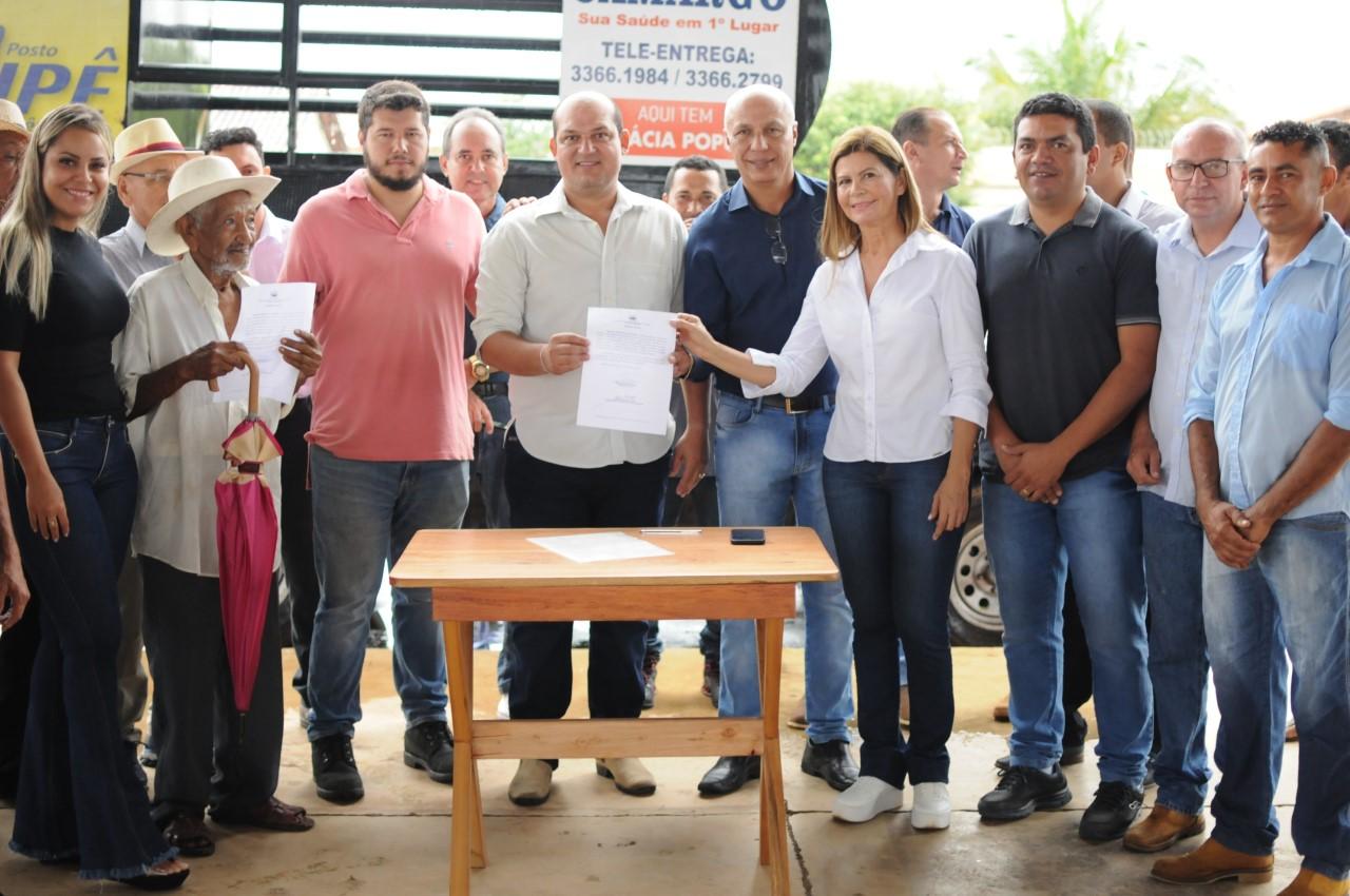 Prefeito de Miracema lança reforma das feiras cobertas e do campo de futebol Bambuzão