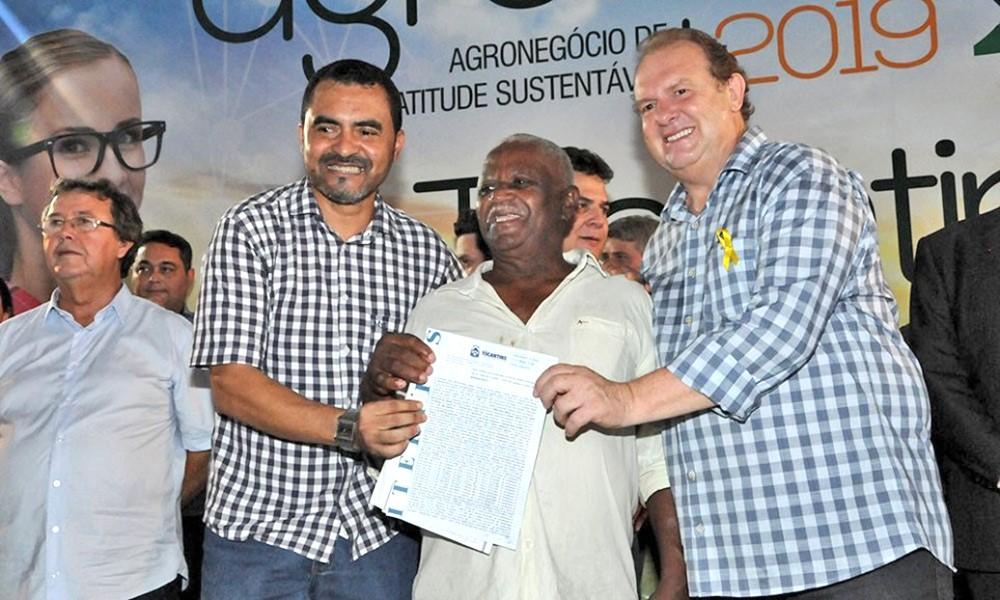 Governo realiza regularização fundiária e revitaliza projetos de fruticultura no Tocantins