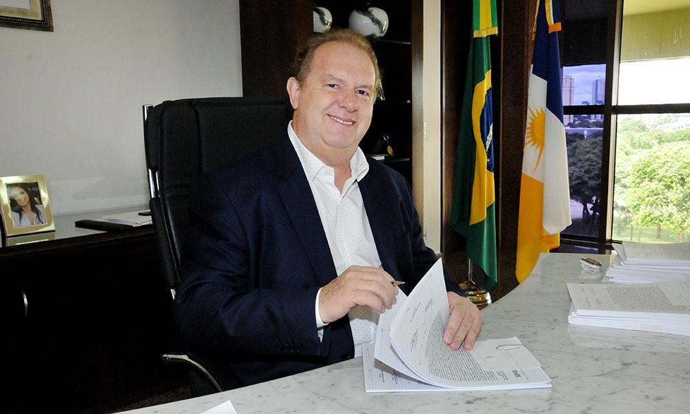 Governador Mauro Carlesse sanciona leis que garantem proteção, segurança e assistência às mulheres tocantinenses