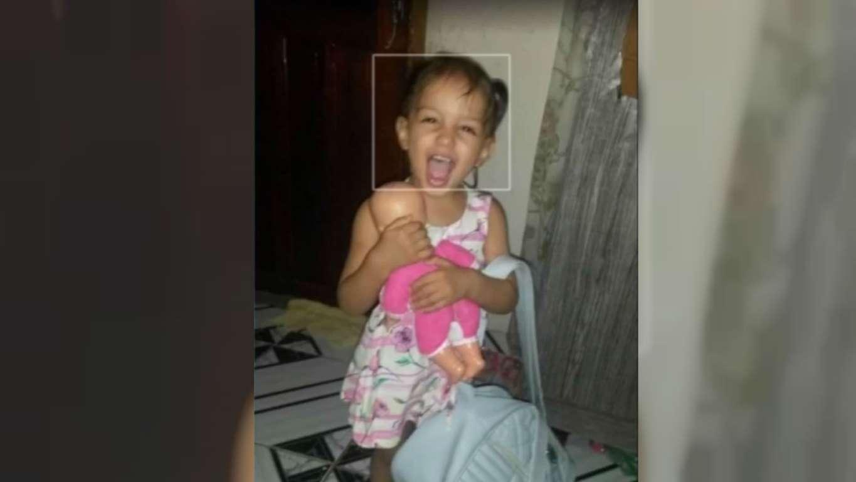 Menina de 3 anos morre após brinquedo de parquinho cair sobre ela em Mato Grosso do Sul