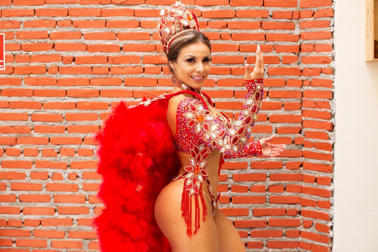 Musa do Brasil Bianca Caetano não desfilará no carnaval este ano
