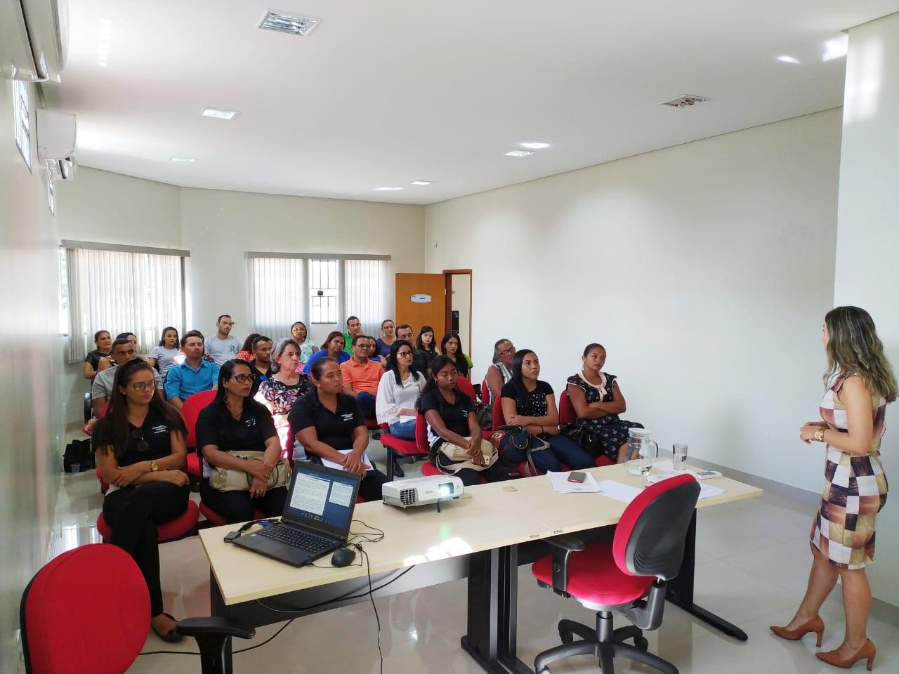 MPTO promove reunião com conselheiros tutelares da Comarca de Novo Acordo