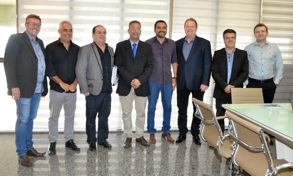 Governador Mauro Carlesse debate instalação do Parque Tecnológico do Tocantins