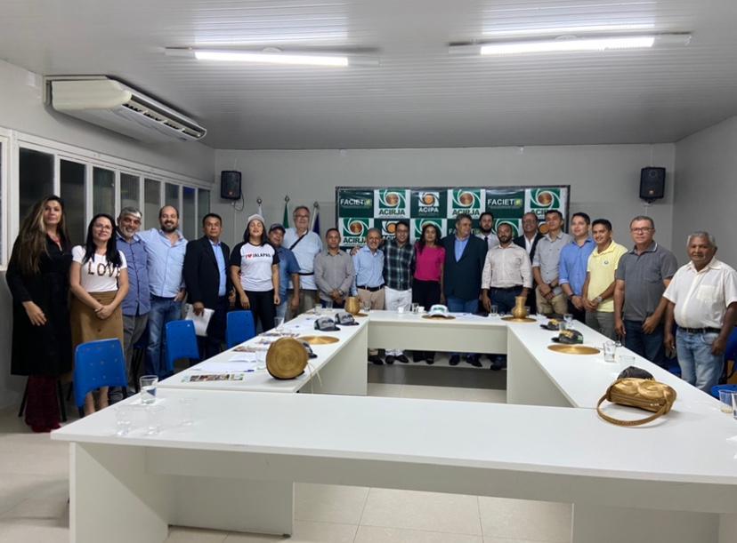Empresários de 11 municípios fundam associação para desenvolver comércio, indústria e agronegócio do Jalapão