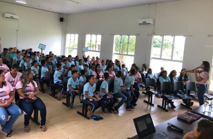 Prefeitura de Chapada de Areia promove palestra sobre gravidez na adolescência