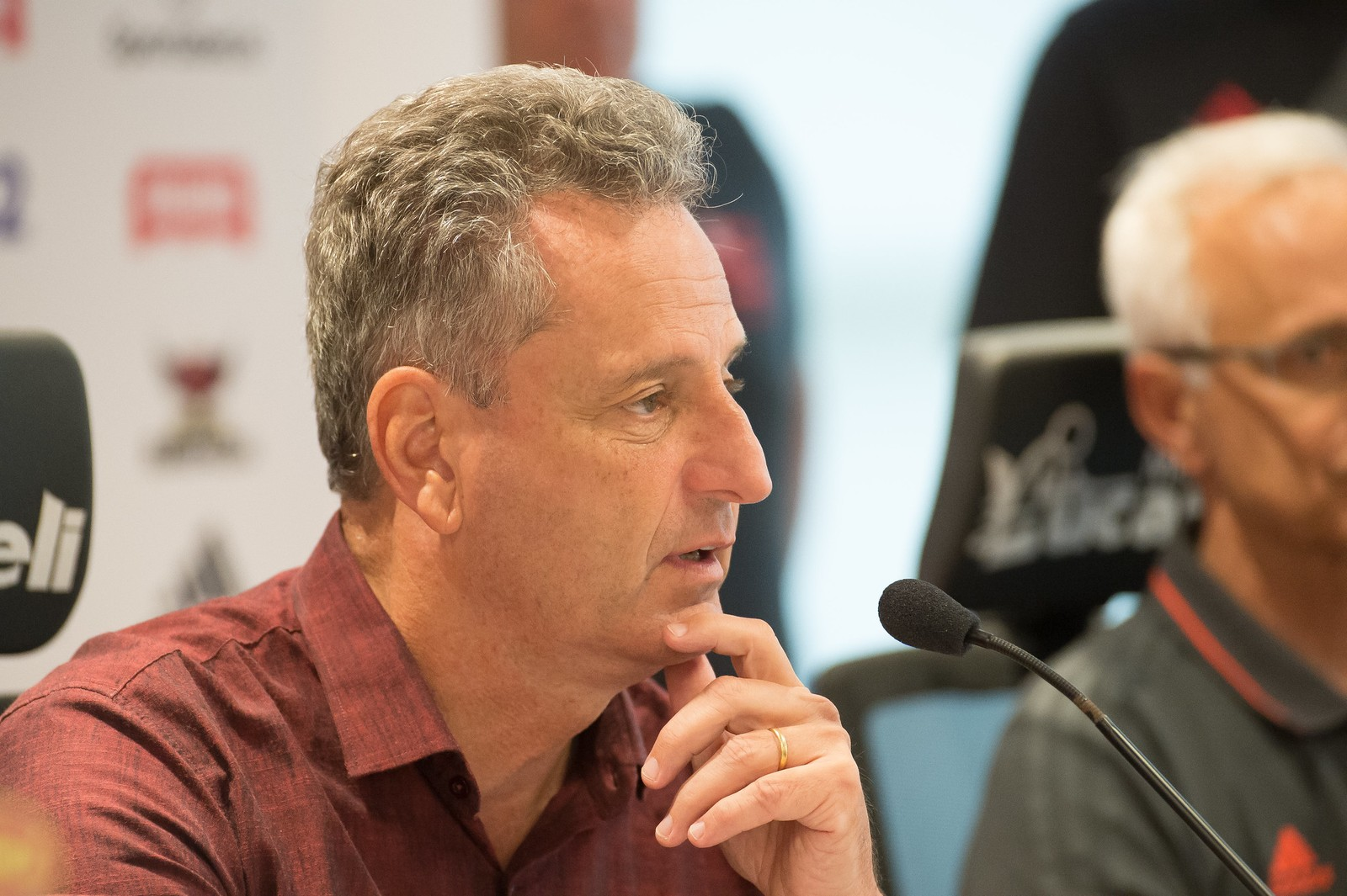 Presidente do Flamengo vende petroleira para se dedicar só ao clube