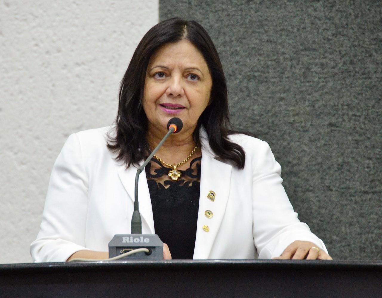 Parlamentar pede esclarecimento de assassinato de adolescente em Talismã