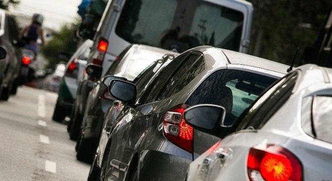 IPVA sem desconto para veículos com placa final 0 vence quarta-feira