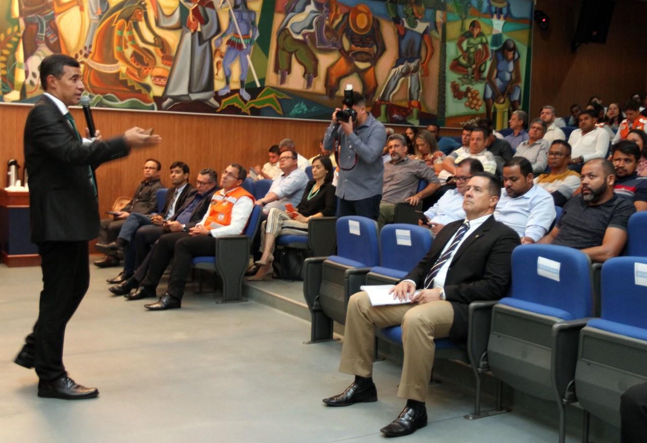 Semarh participa do evento TCE + Ação: Prevenção e Combate às Queimadas
