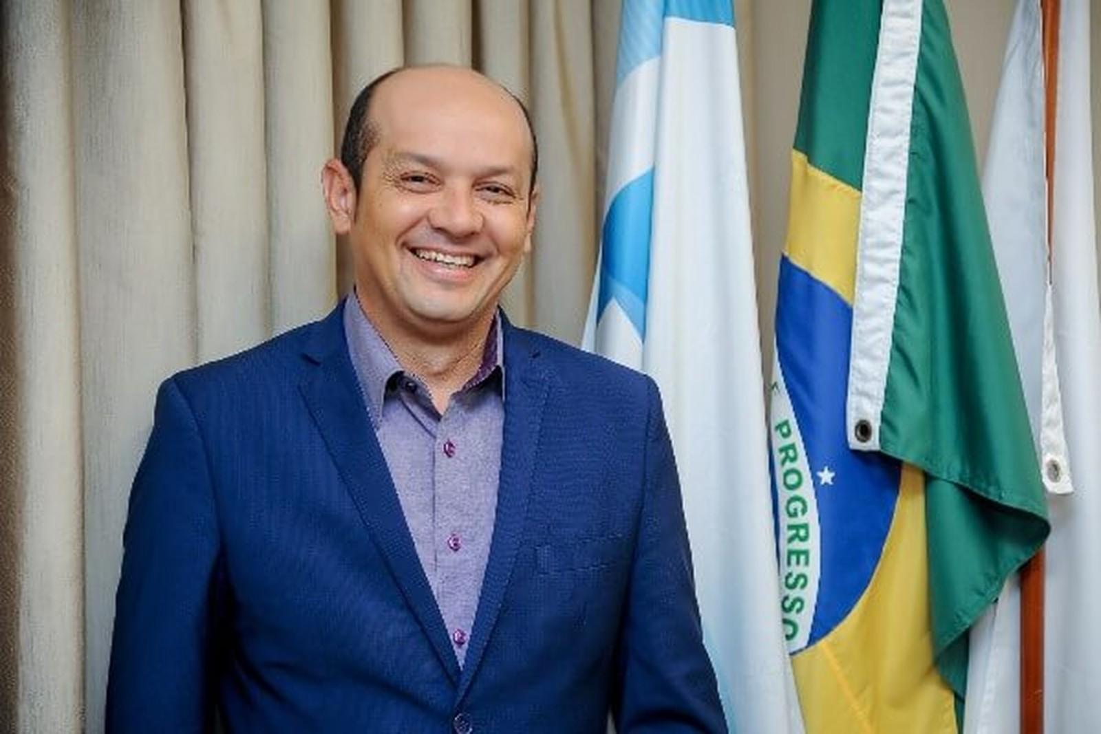 Justiça suspende 2ª cassação do prefeito de Augustinópolis e determina volta ao cargo