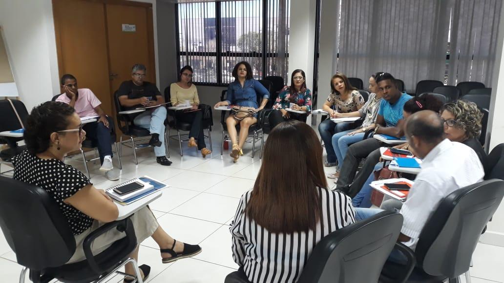 Capacitação sobre drogas e intervenção no contexto escolar é ofertada aos conselheiros tutelares de Palmas