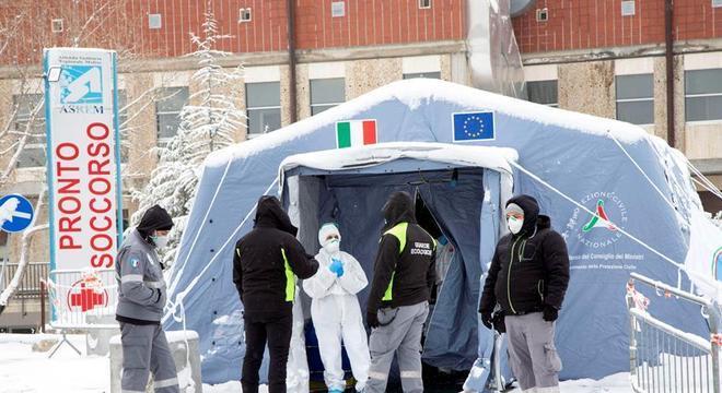Itália tem 919 novas mortes por coronavírus e total vai a 9.134