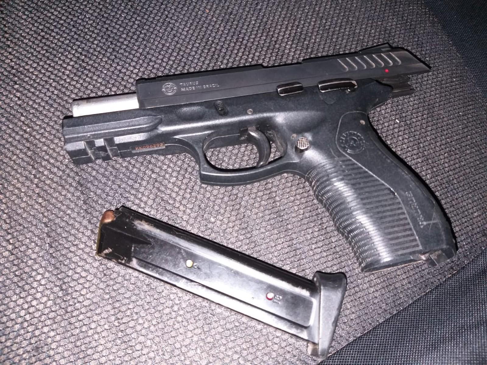 Homem tenta fugir da PM em Araguaína e é preso com pistola e munições dentro de carro