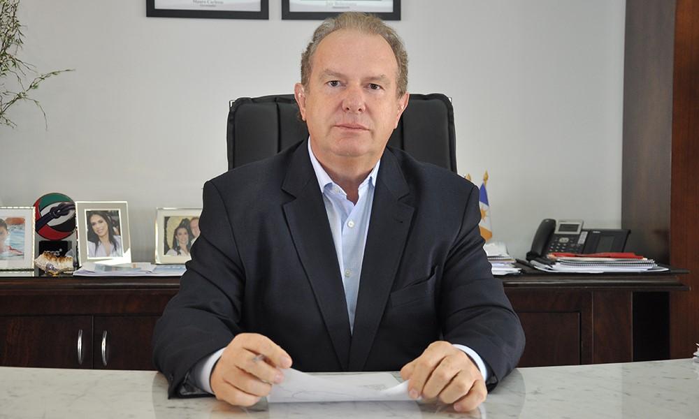 Carlesse prorroga suspensão das aulas e jornada reduzida para servidores públicos até 30 de junho