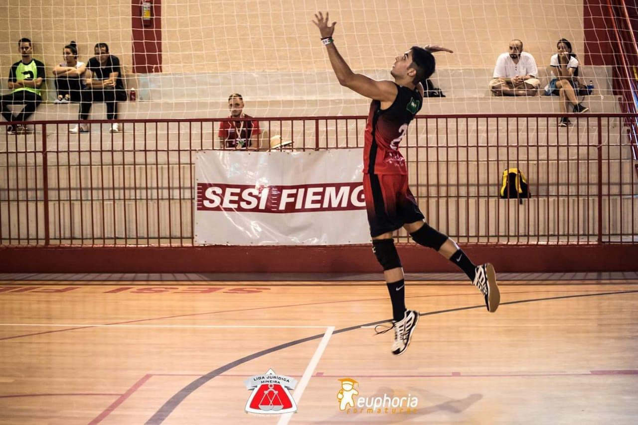 Vice Campeão Brasileiro pelo Minas, Luan Ferreira relembra início da carreira esportiva no vôlei