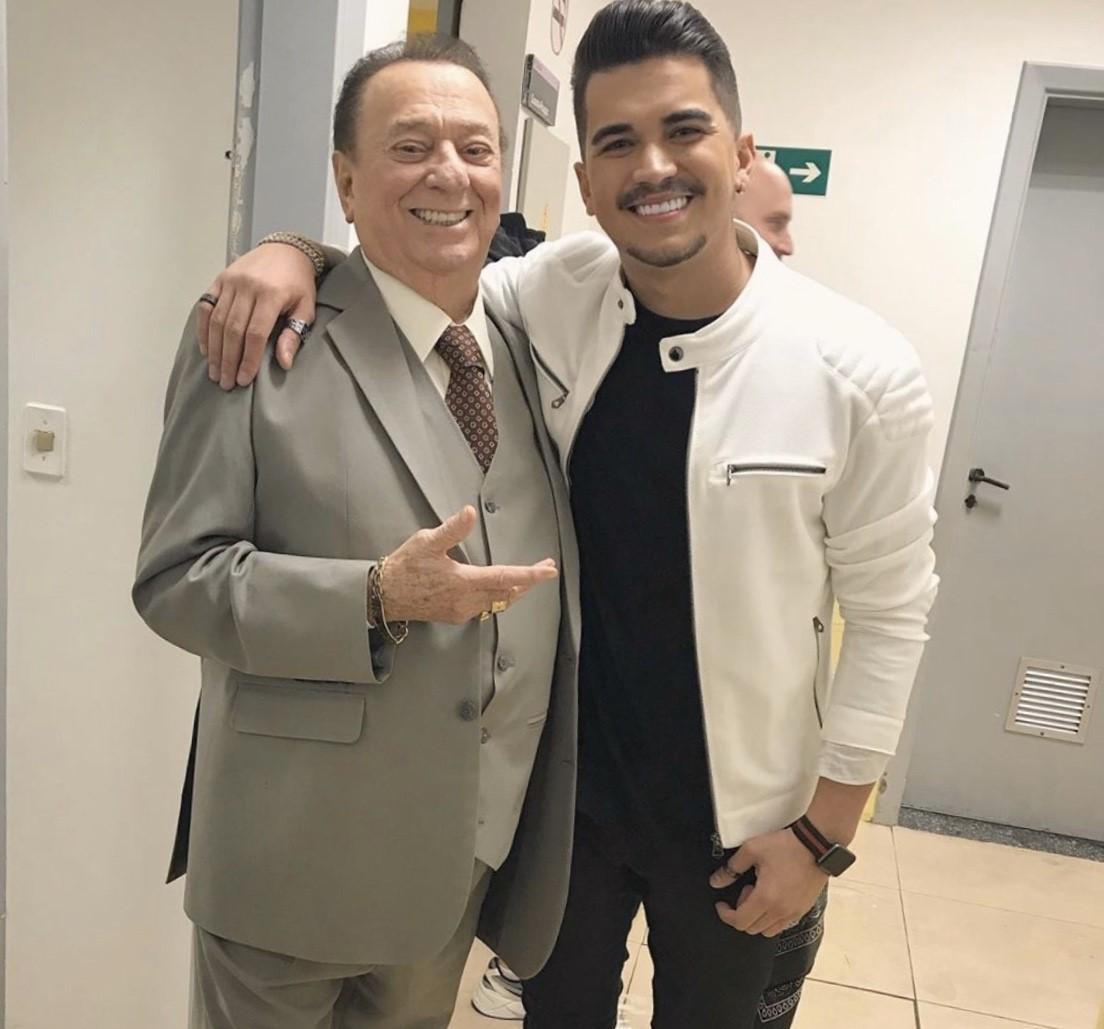 Gutto Soares fala da emoção de cantar no palco do programa de Raul Gil