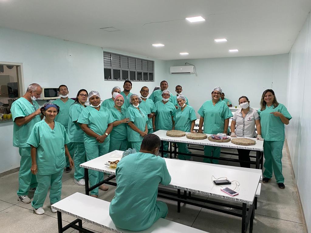 Paraíso da Pizza doa pizzas aos profissionais de saúde do Hospital Regional de Paraíso