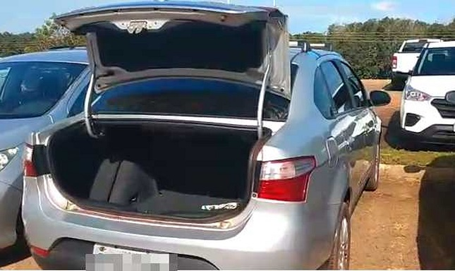 Carro de funcionária do HGP é arrombado dentro da unidade e objetos são furtados