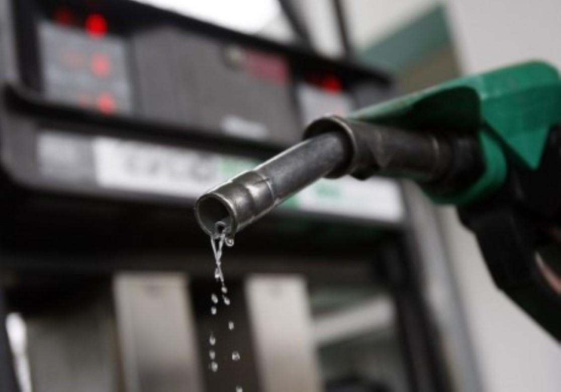 Mito ou Verdade: Carro consome mais combustível rodando ar ligado?
