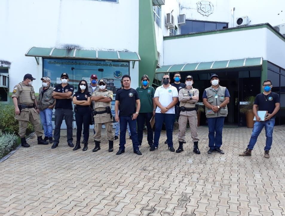PM intensifica apoio na fiscalização municipal de combate ao coronavírus em Paraíso