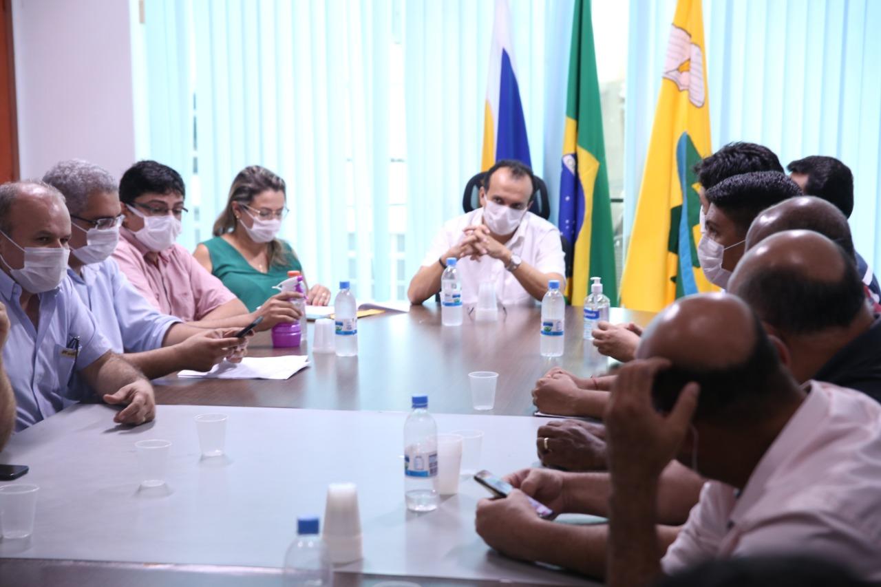 Prefeitura de Porto Nacional atende determinação judicial e assina Decreto de fechamento do comércio de serviços não essenciais