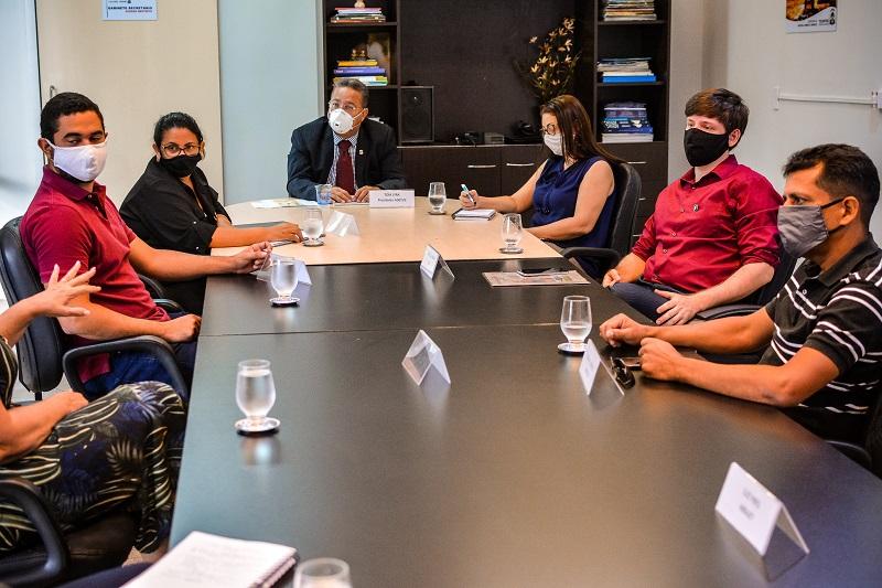 Empresários buscam apoio do Governo para reabertura de atividade e redução de tributos na Capital