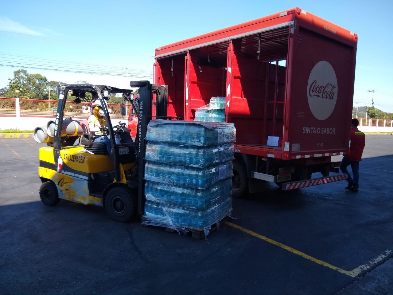Coca-Cola Bandeirantes doa 12 mil garrafas de Água Mineral Crystal ao HGP