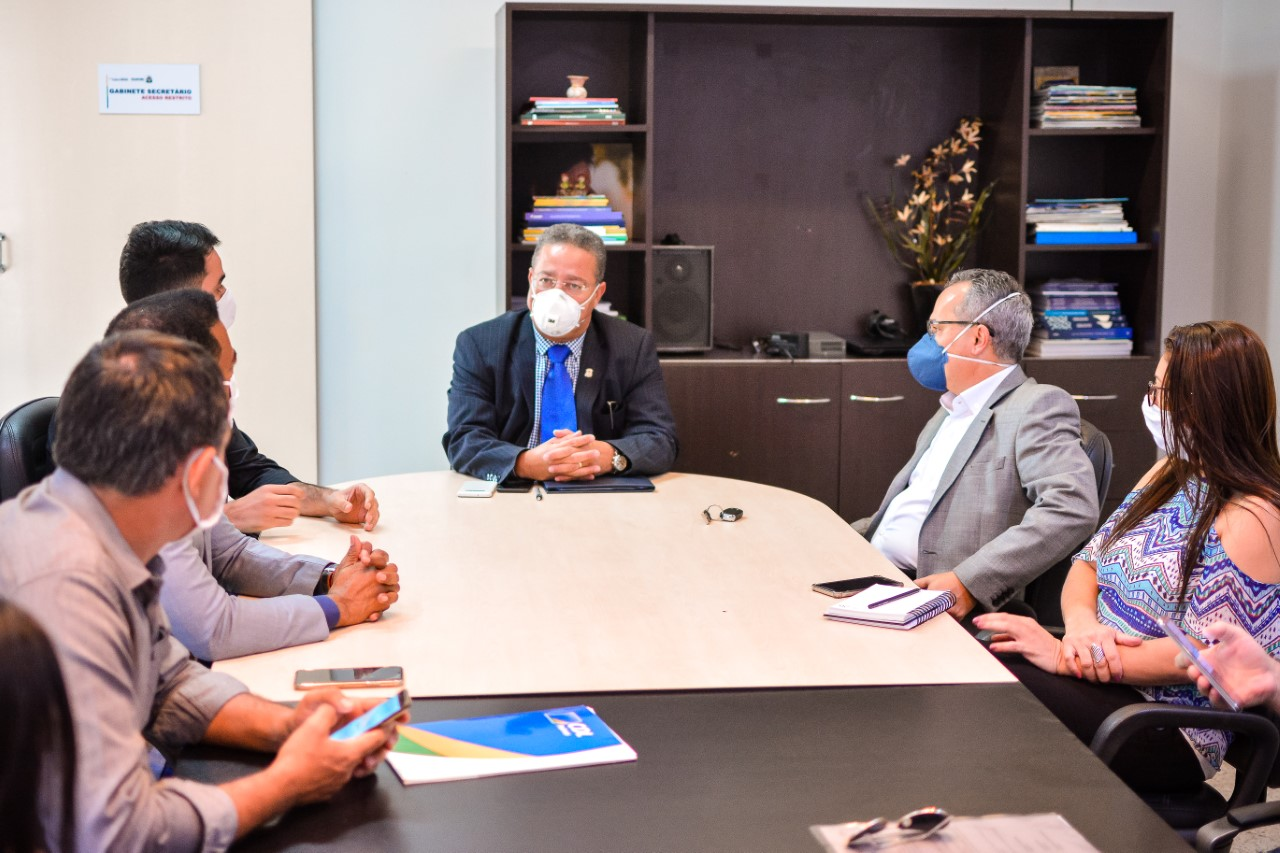 Governo do Tocantins faz mediação entre Energisa e empresários de Palmas