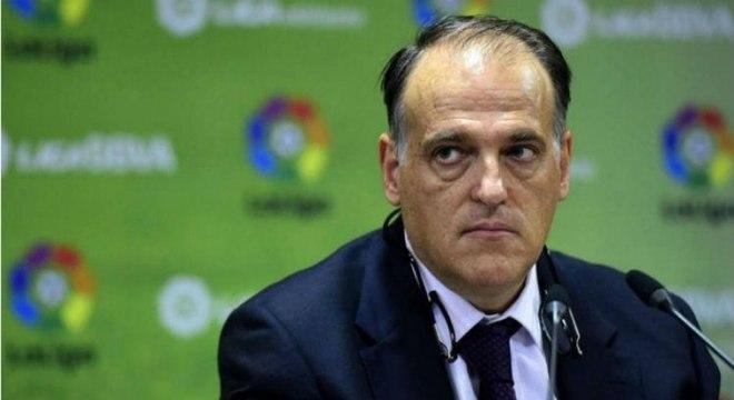 Presidente da liga espanhola diz que vontade é recomeçar o campeonato no dia 11 de junho