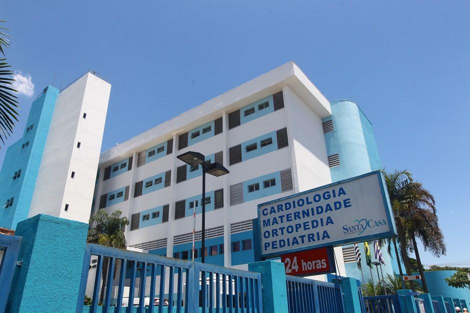 Mil hospitais filantrópicos e santas casas receberão auxílio federal; confira orientações