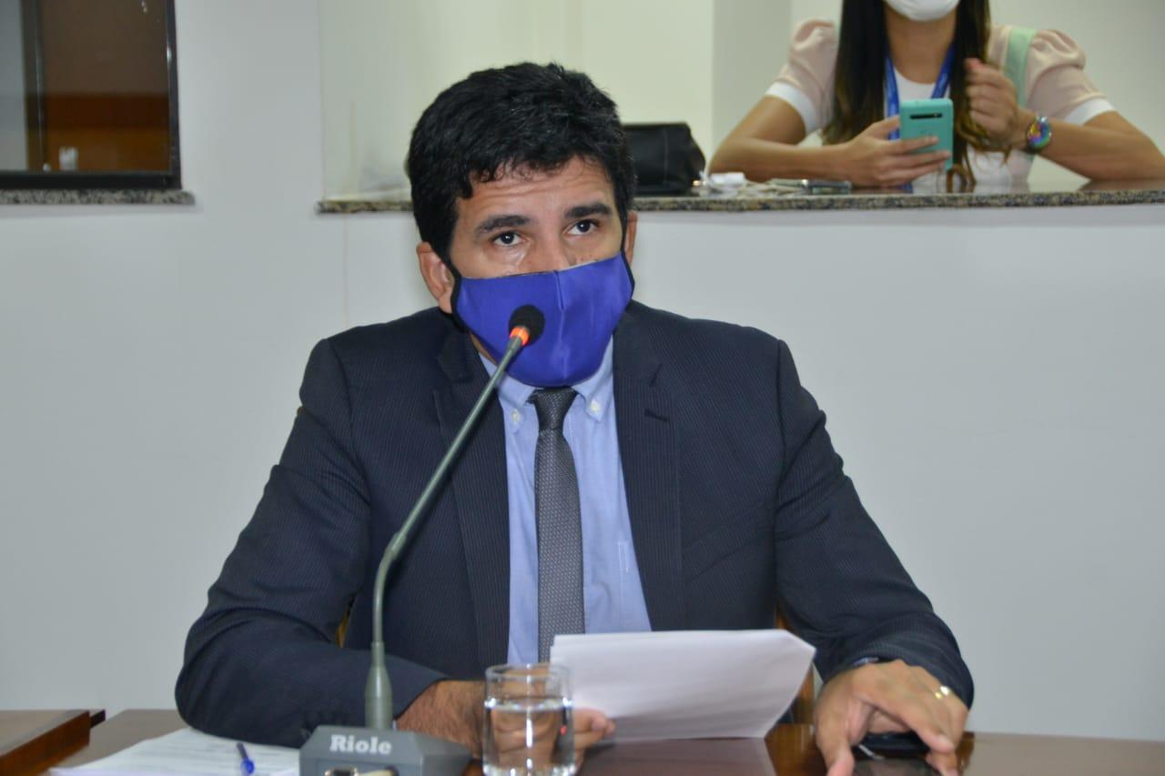 Prof. Júnior Geo cobra transparência sobre despesas do Estado durante a pandemia