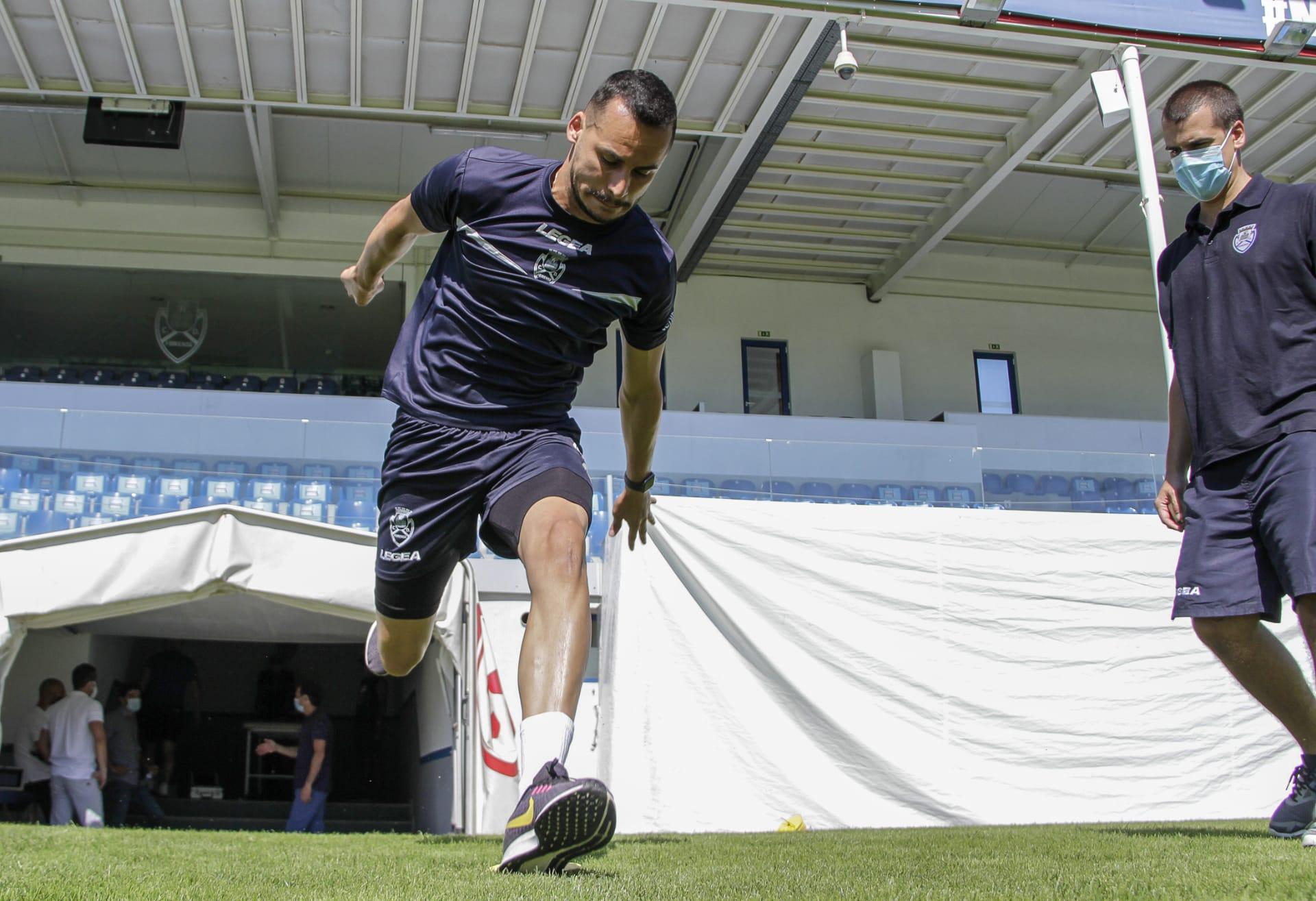 De contrato renovado, goleiro Bruno Brigido avalia início da pré-temporada
