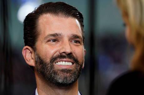 Twitter restringe conta de filho de Trump por vídeo com fake news