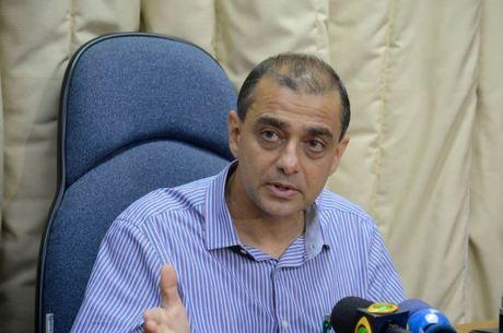 Ex-secretário de Saúde do RJ é preso em operação do Ministério Público